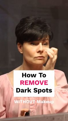 Here's a Great Solution Recommended by Beauty Experts to clear up dark spots, age spots & sun spots. Age Spots On Face, Brown Spots On Face, Dark Spots On Skin, Dark Marks On Face, Age Spot Removal, How To Fade, Makeup Tips For Older Women, Lighten Dark Spots, Beauty Routines