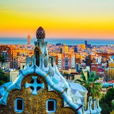 OM(Gaudi). *Immediately adds Park Guell sunset to bucket list. #Spain #travelzoo