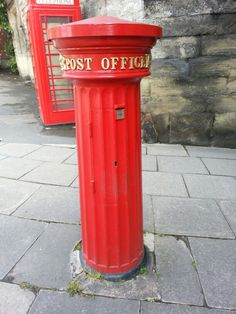 Old post box in Warwick. Never seen one like this before