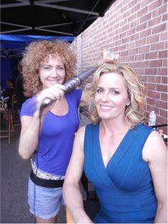 Elizabeth Shue creating the perfect curl with the SinglePass Whirl Wand. Cocktail 1988, Female Celebrities, Celebs, Elisabeth Shue, Wand Curls, Perfect Curls, Famous People, Theater, Your Hair