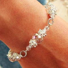 Best Bracelet Perles 2017/ 2018 : Crystal & nugget spacer bead bracelet. Perfect for a bride....