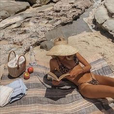 Beach Bunny, Summer Of Love, Summer Girls, Summer Style Beach, Summer Sunset, Summer Time, Bikini Modells, Bikini Beach, Bralette Bikini
