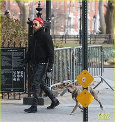Full Sized Photo of justin theroux walks dog after christmas 02 Cute Puppies, Cute Dogs, Justin Theroux, Celebrities Fashion, Anchors, Men's Style, Walks, New York City, Pop Culture