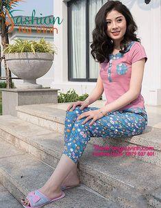 BỘ ĐỒ MẶC NHÀ DỄ THƯƠNG -XH263 | Chất liệu: kate hàn quốc cao cấp | Size: S,M,L | | ĐT: 0979 037 801| Bộ đồ mặc nhà nữ mùa hè kết hợp áo cotton quần kate họa tiết đáng yêu tạo nên sự trẻ trung lịch sự cho người mặc. Đó là 1 sự kết hợp hoàn hảo tạo nên bộ đồ mặc nhà đẹp. Cute Teen Outfits, Outfits For Teens, A Line Skirt Outfits, Gamine Style, Silk Saree Blouse Designs, Night Suit, Beautiful Asian Girls, Shirts For Girls, Pajama Set
