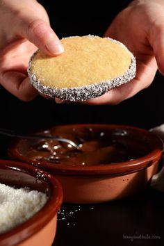 Coconut Oil Cookies / Biscotti all'Olio di Cocco