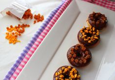 Minidonuts bañados en chocolate. Cocinando con las chachas blog