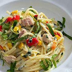 Tavaszi tonhalas spagetti medvehagymával Spagetti, Ethnic Recipes, Food, Red Peppers, Essen, Meals, Yemek, Eten