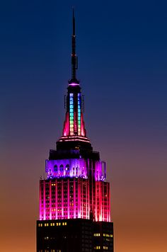 The @Empire State Building is pretty in pastel for #Easter Weekend. #NYC