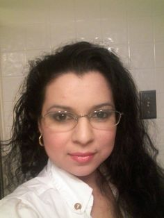 Natural Makeup Look With Sei Bella Cosmetics by Melaleuca. Great look to wear with eye glasses.