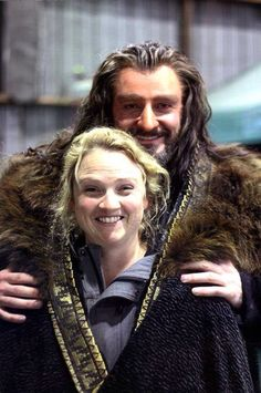Thorin and his make up artist DAMAN: And can we ask how long Thorin's hair and…