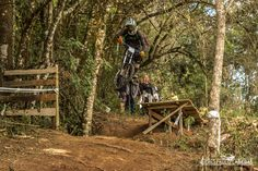 Copa Brasil de Downhill Individual 2015 - CAMANDUCAIA - MG. Piloto: Marcelo Carvalho. Foto: João Paulo Labeda.
