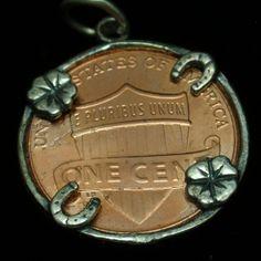 Lucky Penny Charm Horseshoe 4-Leaf Clover Vintage