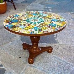 Mesas e bistrôs - Mosaicos Portella. #Arte #Mosaicos #Mesas #Decoracao