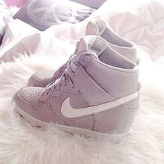 2014 cheap nike shoes for sale info collection off big discount.New nike roshe run,lebron james shoes,authentic jordans and nike foamposites 2014 online. Nike Wedge Sneakers, Nike Wedges, Sneakers Mode, Best Sneakers, Wedge Shoes, Sneakers Fashion, Fashion Shoes, Wedged Sneakers, Nike Heels
