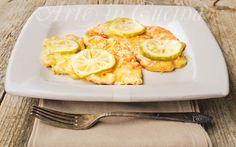 Cotolette di pollo alla francese ricetta facile, tacchino, secondo veloce, idea pranzo, cena in poco tempo, cotolette cremose, brodo di pollo, limone, ricetta sfiziosa