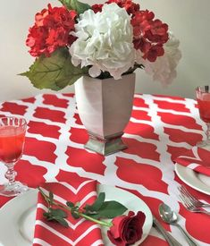 EMORY is a bright red and white woven geometric design tablecloth. Contact Total Table for sizing and availability.