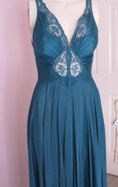 Vintage Olga Nightgown