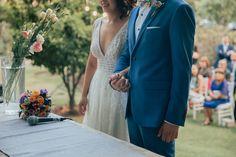 Fotografía de matrimonios   bodas al aire libre   fotógrafo de matrimonios en Chile Lace Wedding, Wedding Dresses, Chile, Suit Jacket, Breast, Suits, Jackets, Fashion, Outdoor Weddings
