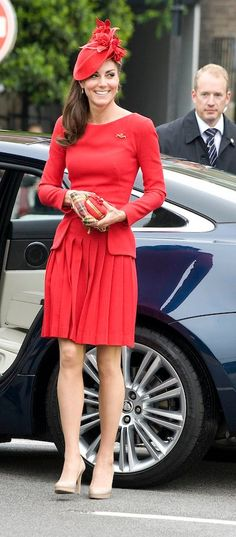 Love this dress and hat.  Kate Middleton