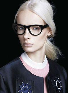 Irene Hiemstra, Eyewear Prada #glasses #frames #women