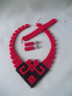 Geometric Beadwoven, geometric necklace, Bead necklace, Red and Black jewelry, beadwork, handmade necklace, Set beaded jewelry by JewelryShopCamomile