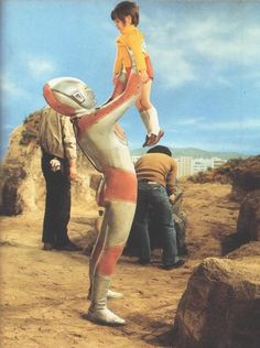 Behind-the-scenes moment from RETURN OF ULTRAMAN, 1971.