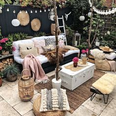 You definitely realize that furniture can influence state of mind, and if the ultimate objective is to make a loosening up space, boho furniture is a magnificent decision. Shading Psychology clarifies that boho furniture can be quieting and invigorat