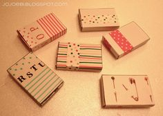 A Bit Of This and A Bit Of That: mini books in boxes...with link to template