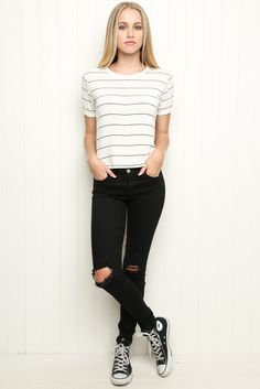 Thinking this look will be so cute and suitable for back to school!