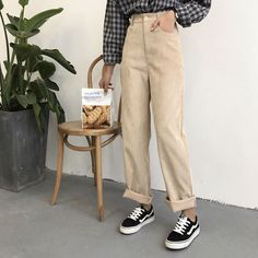 Beige Look From Zara Fashion Beige corduroy pants Zara Fashion Mode, Look Fashion, Korean Fashion, Zara Fashion, Lolita Fashion, Latest Fashion, Womens Fashion, Fashion Trends, Vintage Pants