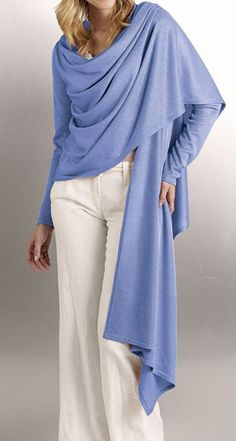 How to construct a Cardi-Wrap, a rectangle with inserted sleeves. Just the picture, pattern requires paid membership. Diy Clothing, Sewing Clothes, Clothing Patterns, Dress Patterns, Sewing Patterns, Sewing Hacks, Sewing Tutorials, Convertible Clothing, Do It Yourself Fashion