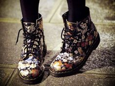 Flower pattern boots, Doc Martens