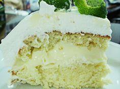 Bolo Gelado de Limão - Veja como fazer em: http://cybercook.com.br/receita-de-bolo-gelado-de-limao-r-12-16006.html?pinterest-rec