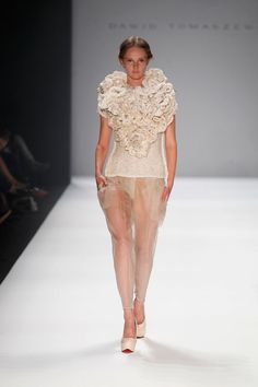 COUTE QUE COUTE: DAWID TOMASZEWSKI SPRING/SUMMER 2013 WOMEN'S COLLECTION