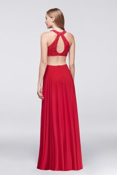 Red hot prom look! T