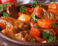 How to cook pork goulash with gravy - the best recipe .- How to cook pork goulash with gravy – the best recipes and secrets of cooking Pork Goulash, Pork Stew, Recipe Link, Recipe Recipe, Gluten Free Recipes, Paleo, Food And Drink, Cooking Recipes, Stuffed Peppers