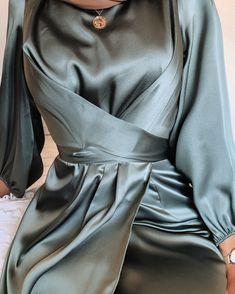 Shop a wide collection of dresses, skirts, hijabs and more from our New York based designer brand. Modest Fashion Hijab, Modern Hijab Fashion, Hijab Fashion Inspiration, Abaya Fashion, Muslim Fashion, Mode Inspiration, Fashion Dresses, Modesty Fashion, Mens Fashion