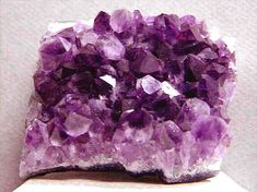A guide to gemstone healing and healing with Amethyst. Includes a brief introduction on Amethyst, a guide to making gemstone elixirs, as well as information on how to heal with gemstones. Feng Shui, Amethyst Cluster, Amethyst Stone, Amethyst Birthstone, Peridot, Minerals And Gemstones, Rocks And Minerals, Healing Stones, Crystal Healing