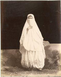 Algérie, Jeune juive     #Afrique_Africa #Algérie