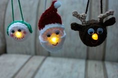 One more ornament to add tothe collection. A snowman joins his friends Santa and the reindeerand as easy and quick as they all are to make, you could make the …