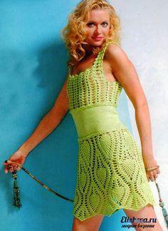 Vestido de verano se aprecia que la parte de la cintura esta hecha a tricot si a usted no le gusta puede substituir por crochet en punto...