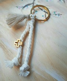 Baptism Ideas, Baby Christening, Kids And Parenting, Crochet Baby, Dream Catcher, Dreams, Weddings, Sewing, Diy