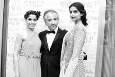 Dans les coulisses de Cannes, Jour 1 Festival de Cannes 2013 http://www.vogue.fr/sorties/on-y-etait/diaporama/dans-les-coulisses-de-cannes-jour-1-festival-de-cannes-2013/13227/image/753795#!7