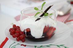 b_Frutas rojas con chantilly ligero