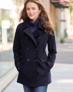 Pendleton Clothing, Peacoat Outfit, Classic Outfits For Women, Navy Pea Coat, Pea Coats Women, Outfits Damen, Preppy Style, Clothes For Women, Hot Clothes