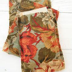 "Handmade by Somerset Medium Fabric Bag - Dark Flowers 5 x 7"""
