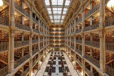 George Peabody Library at Johns Hopkins University — Baltimore, America.