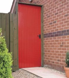 Discover the extensive range of doors at Howdens. Available in a variety of styles and finishes to suit any property. Side Gates, External Doors, Wooden Playhouse, Garden Studio, House Paint Exterior, Interior Garden, Paint Colors For Home, Joinery, Play Houses
