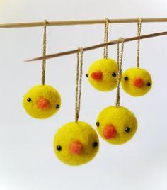 Dekoideen Frühling Hühnchen-Zweige verzieren-Ostern