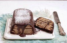 Συνταγή Το μπισκοτογλυκο των 3 λεπτών !: Υλικά 1 φλ. κακάο 1 φλ. άχνη ζάχαρη 1/4 φλ. γάλα καρύδας ή φρέσκο γάλα 1 κ.γ. υγρή βανίλια 250 γρ. μαργαρίνη 20 μπισκότα πτι -μπερ ολικής άλεσης λίγη λιωμένη σοκολάτα για το τελείωμα λίγη τριμμένη καρύδα για το σερβίρισμα Οδηγίες Λιώνουμε σε χαμηλή φωτιά την μαργαρίνη. Αφήνουμε να κρυώσει καλά. Σε[...]